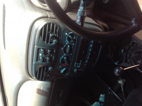 Stripping Chrysler PT Cruiser 2004 for Spares