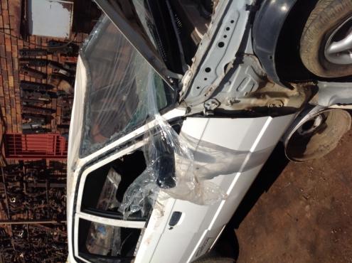Stripping Mazda 323