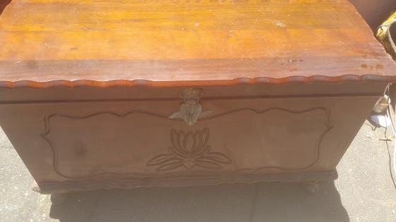 Solid Oak Imbuya Kist for Sale