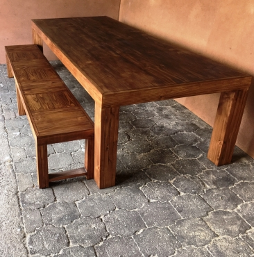 Patio table Chunky Farmhouse series 3000 with pillar legs (Combo) Stained