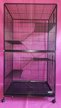 Cage r239 for sale @ R2400