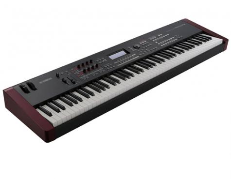 YAMAHA MOXF8 88-KEY KEYBOARD/SYNTHESIZER W/USB/MIDI AUDIO INTERFACE