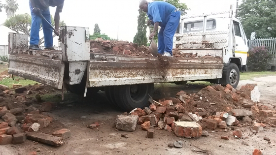 RUBBLE, GARDEN REFUSE AND GENERAL WASTE REMOVAL EAST LONDON