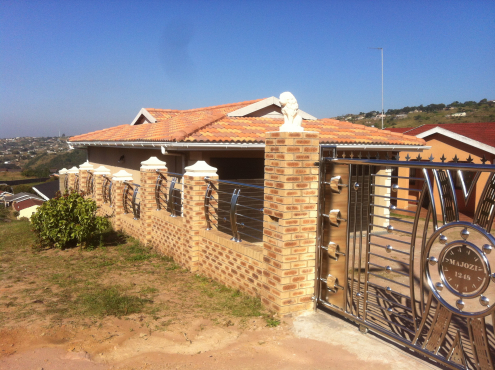 House construction and renovations,paving, tiling, carpentry, aluminium, electricity