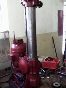 Van Norman 888 engine block reboring machine | Junk Mail