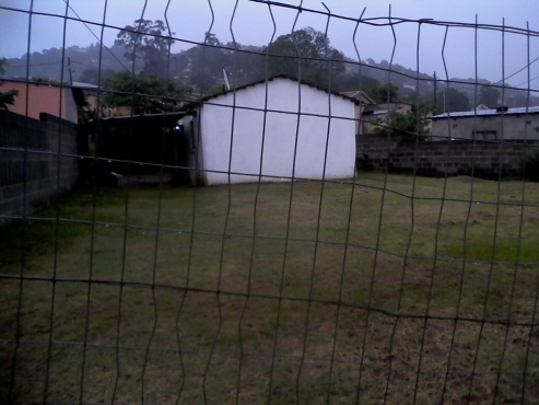 2 Room house for sale in Kwandengezi