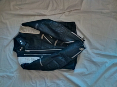 Black & White Leather Ladies Bikers Jacket