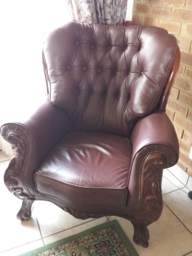 Italian 3 piece hand crafted genuine leather lounge suite