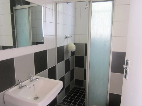 Student Accommodation (Shared) for Wits or UJ Walking distance from Campus
