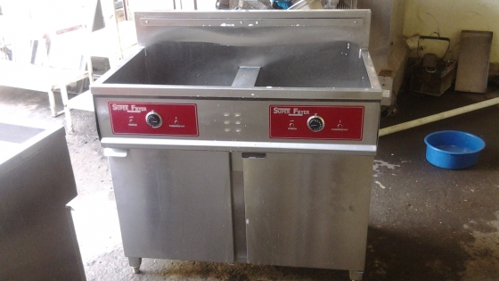 chip fryers all sizes all brands available to clear