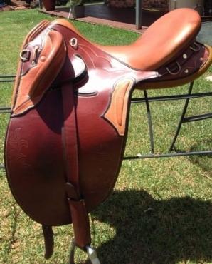 16 Steve Brady saddle. sms 0814391729