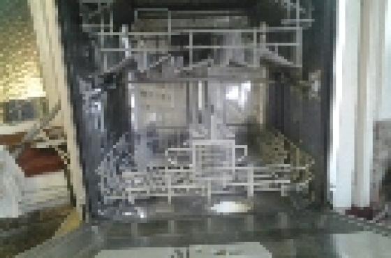 Kelvinator silver dishwasher