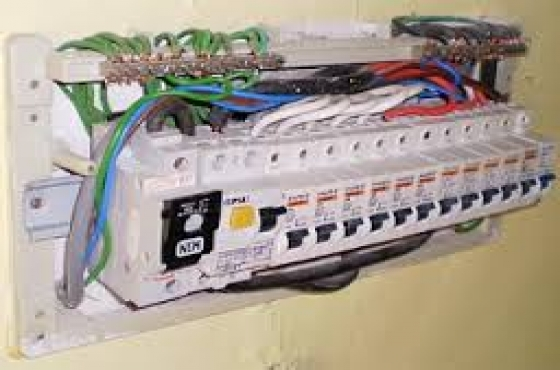 Midrand Need Electricians call 0723328082 Blue hills