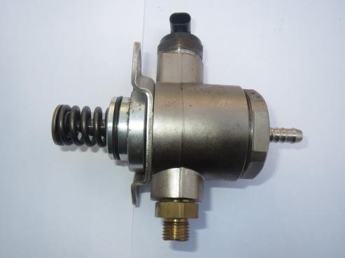 Fuel Pump - Audi B8