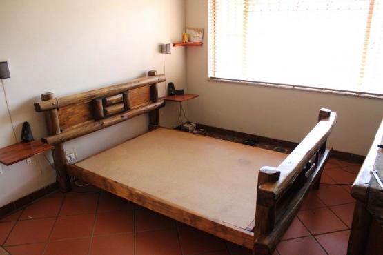 Saligna double bedroom set