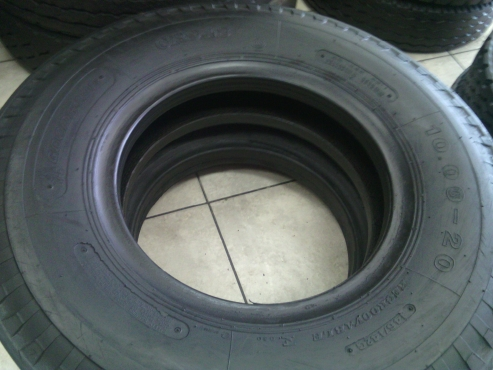 10.00x20 Second Hand Tyres For Sale in witbank Mpumalanga