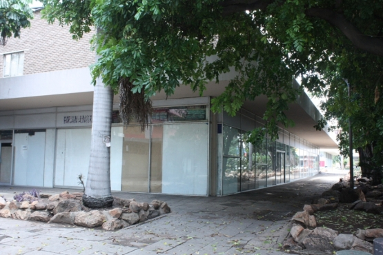 Investment property, Commercial Building