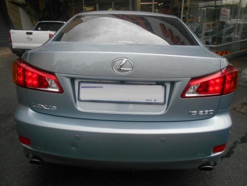 Lexus  Is250 2009 Sedan  V6 Engine 120,000 km Sun Roof  Automatic Gear Electric Seats,  Leather Upho