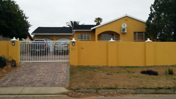 3 bedroom house Ladysmith