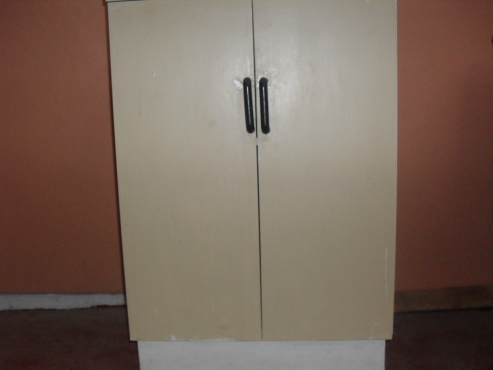Kitchen Cupboard/Cabinet