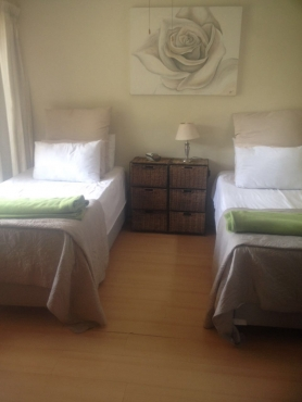COMFORTABLE FULLY FURNISHED ACCOMMODATION - LONG / SHORT TERM