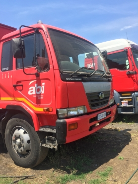 Nissan UD90 8 ton truck for sale.