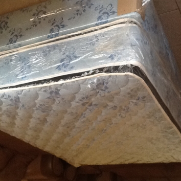 BEAUTIFUL NEW WARRANTY  BEDS AT GREAT PRICES IN LENASIA .(JHB SOUTH)