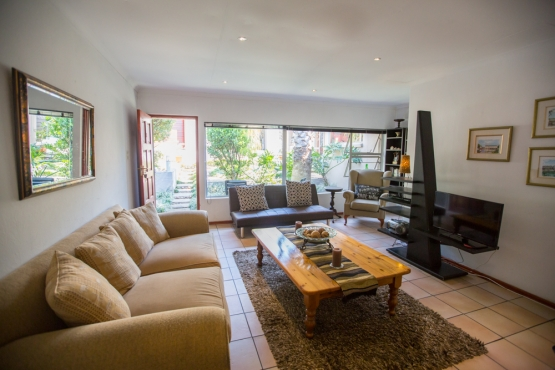 Moonflower Self Catering Cottages Victory Park, Jhb