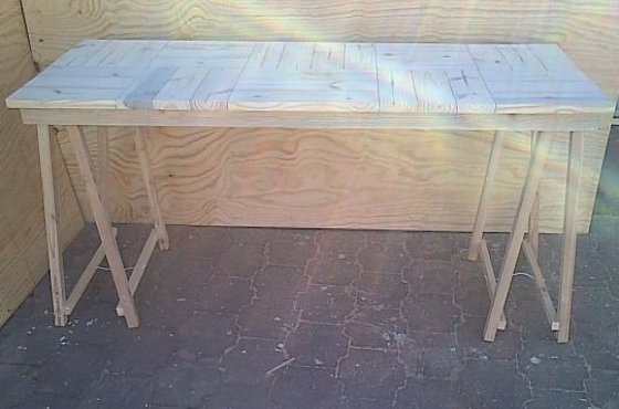 Patio table Cottage series 1840 with trestle legs Raw
