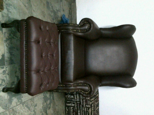 Marvelous Footstool In All Ads In South Africa Junk Mail Alphanode Cool Chair Designs And Ideas Alphanodeonline