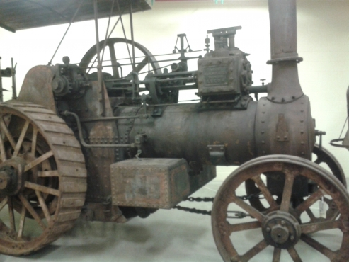 Vintage Car, steam engine, traction engine, steam roller, old engine.