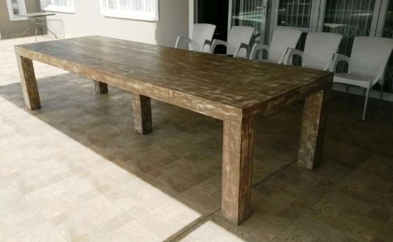 Patio table Chunky Farmhouse series 3500 Weatherlook with pillar legs