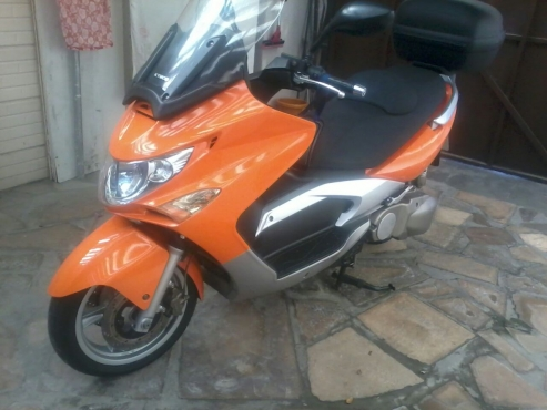 500cc Kymco Xciting Super Scooter incl Driving Gear