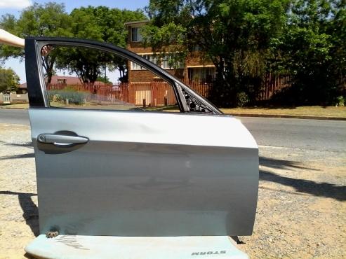 BMW (E90) 2006 PRE FACELIFT DRIVERS SIDE DOOR