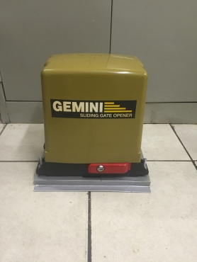 Gate motor Gemini  as new sale or swap,6 months warranty left.