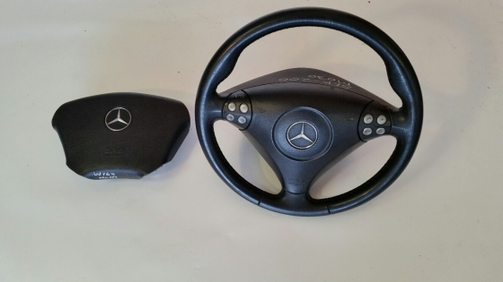 Mercedes-Benz Steeri