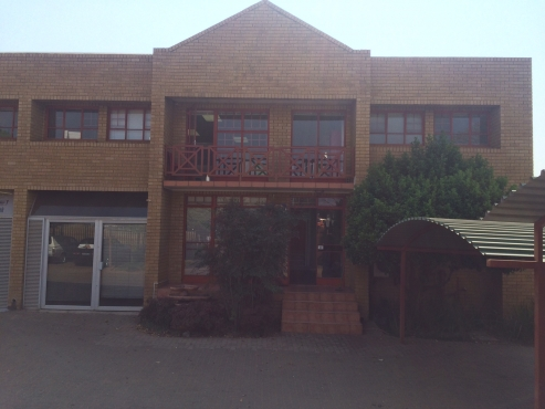 WAREHOUSE & OFFICES TO LET IN HIGHVELD TECHNO PARK!