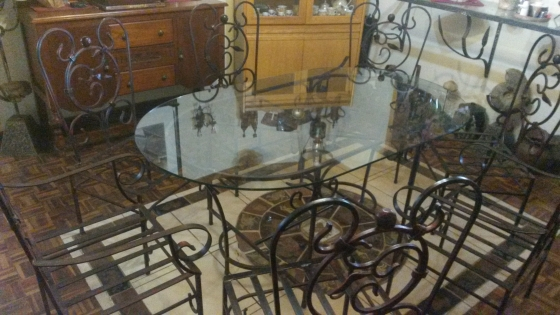 Wrought Iron Dinning Table Set