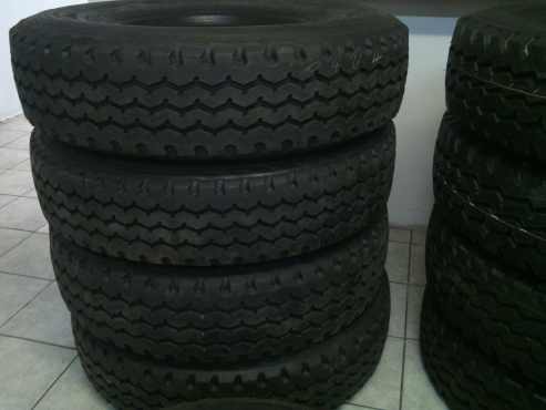 12R & 315 NEW RETREADED TYRES IN Davel Mpumalanga
