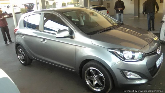 Hyundai i20 1.6 Engine 2012 Model, 6 Gears With 5 Doors, Factory A/C and C/D Player, Central Locking