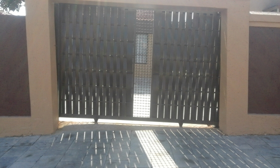 Centurion D Series Gate Motors Sliding and swinging gates of all designs