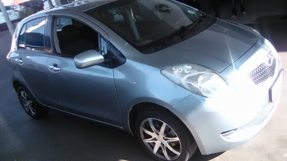 Toyota Yaris T3  2007 Model, 5 Doors, Factory A/C, C/D Player, Central Locking, Colour Grey, 77000Km