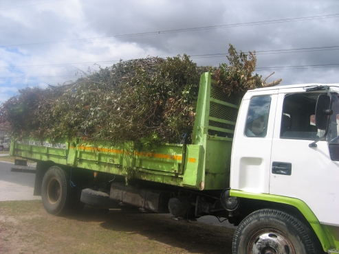 FOR ALL GARDENING REFUSE AND RUBBLE REMOVALS
