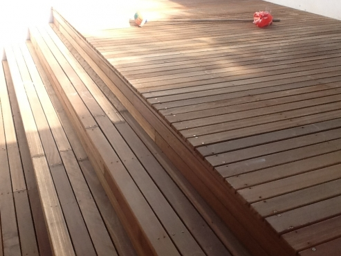 Supply and installations on wooden floors