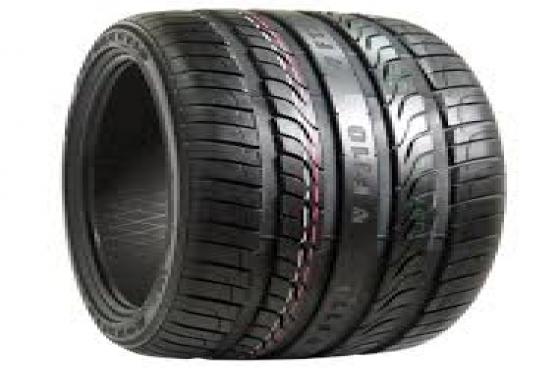 Tyres. 235/35/19 NEW