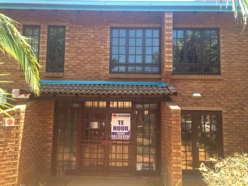 ATTENTION INVESTORS: PRICE DROP!!! PRIME OFFICES SPACE FOR SALE IN LENCHEN AVENUE, CENTURION!