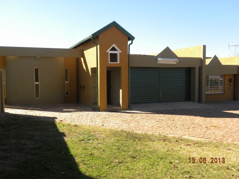 Smallholding with Two (x2) 4-bedroom houses