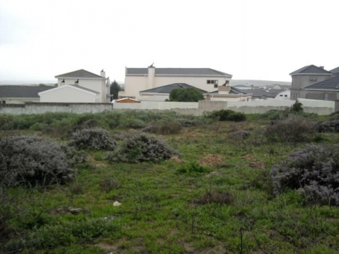 1,003M² VACANT LAND FOR SALE IN COUNTRY CLUB
