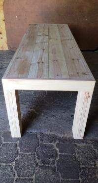 Patio table Chunky Farmhouse series 2500 Slimline with pillar legs Raw
