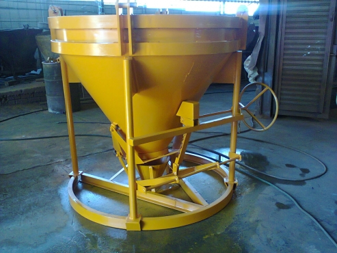 CONCRETE SKIPS - BANANA BUCKET & FLEX HOSE TYPES - NEW and USED from R12000